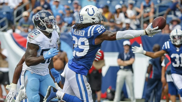 NASHVILLE, TENNESSEE - SEPTEMBER 15:  Delanie Walker #82 of the Tennessee Titans watches as Malik Hooker #29 of the Indianapolis Colts nearly makes an interception during the second half at Nissan Stadium on September 15, 2019 in Nashville, Tennessee. (Photo by Frederick Breedon/Getty Images)