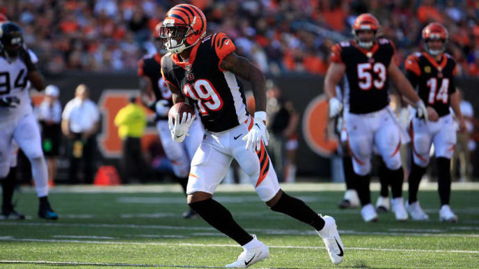 CINCINNATI, OHIO - OCTOBER 20:  Auden Tate #19 of the Cincinnati Bengals runs with the ball during the game against the Jacksonville Jaguars at Paul Brown Stadium on October 20, 2019 in Cincinnati, Ohio. (Photo by Andy Lyons/Getty Images)