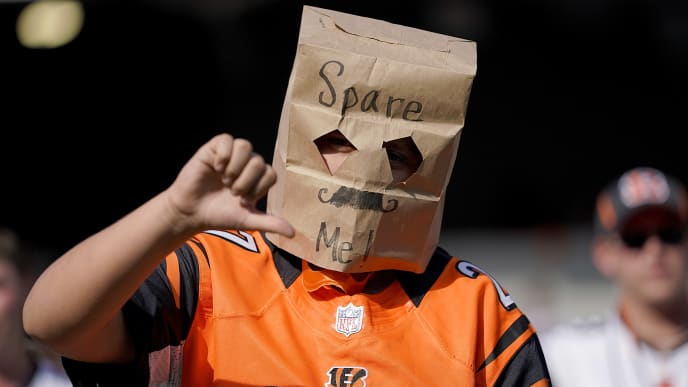 CINCINNATI, OHIO - OCTOBER 20: A fan wears a brown paper bag over his head during the NFL football game between the Cincinnati Bengals and Jacksonville Jaguars at Paul Brown Stadium on October 20, 2019 in Cincinnati, Ohio. (Photo by Bryan Woolston/Getty Images)