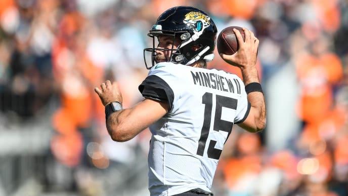 DENVER, CO - SEPTEMBER 29:  Gardner Minshew #15 of the Jacksonville Jaguars passes against the Denver Broncos at Empower Field at Mile High on September 29, 2019 in Denver, Colorado. (Photo by Dustin Bradford/Getty Images)