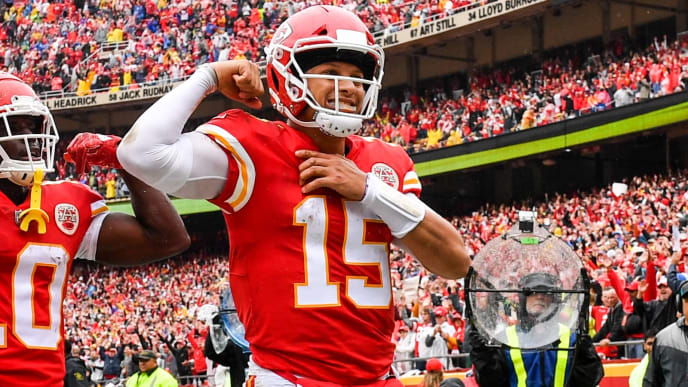 KANSAS CITY, MO - OCTOBER 7: Patrick Mahomes #15 of the Kansas City Chiefs flexes his muscle after scoring a rushing touchdown during the first quarter of the game against the Jacksonville Jaguars at Arrowhead Stadium on October 7, 2018 in Kansas City, Missouri. (Photo by Peter Aiken/Getty Images)