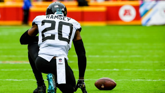 KANSAS CITY, MO - OCTOBER 7: Jalen Ramsey #20 of the Jacksonville Jaguars takes a knee after being briefly injured following a tackle during the first quarter of the game against the Kansas City Chiefs at Arrowhead Stadium on October 7, 2018 in Kansas City, Missouri. (Photo by Peter Aiken/Getty Images)