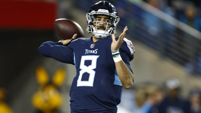NASHVILLE, TN - DECEMBER 6: Marcus Mariota #8 of the Tennessee Titans throws a pass against the Jacksonville Jaguars during the second quarter at Nissan Stadium on December 6, 2018 in Nashville, Tennessee. (Photo by Wesley Hitt/Getty Images)
