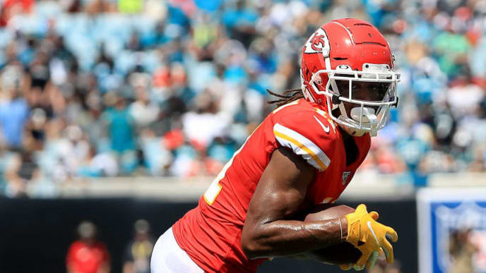 JACKSONVILLE, FLORIDA - SEPTEMBER 08: Demarcus Robinson #11 of the Kansas City Chiefs runs for yardage during the game against the Jacksonville Jaguars at TIAA Bank Field on September 08, 2019 in Jacksonville, Florida. (Photo by Sam Greenwood/Getty Images)