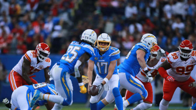 MEXICO CITY, MEXICO - NOVEMBER 18: Philip Rivers #17 of the Los Angeles Chargers prepares to throw the ball during the game between the Kansas City Chiefs and the Los Angeles Chargers at Estadio Azteca on November 18, 2019 in Mexico City, Mexico. (Photo by S. Lopez/Jam Media/Getty Images)
