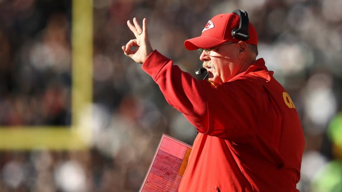 OAKLAND, CA - DECEMBER 02: Head coach Andy Reid of the Kansas City Chiefs signals against the Oakland Raiders during their NFL game at Oakland-Alameda County Coliseum on December 2, 2018 in Oakland, California. (Photo by Ezra Shaw/Getty Images)