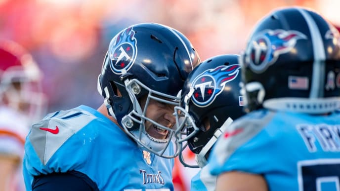 NASHVILLE, TN - NOVEMBER 10:  Ryan Tannehill #17 of the Tennessee Titans celebrates the game winning touchdown with teammates during the fourth quarter against the Kansas City Chiefs at Nissan Stadium on November 10, 2019 in Nashville, Tennessee. Tennessee defeats Kansas City 35-32.  (Photo by Brett Carlsen/Getty Images)
