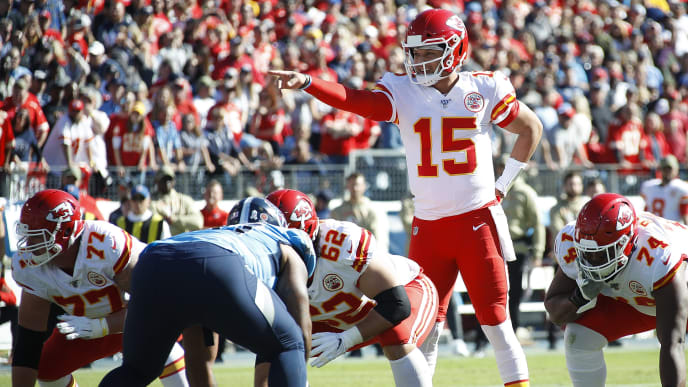 NASHVILLE, TENNESSEE - NOVEMBER 10: Quarterback Patrick Mahomes #15 of the Kansas City Chiefs calls a play against the Tennessee Titans during the first half at Nissan Stadium on November 10, 2019 in Nashville, Tennessee. (Photo by Frederick Breedon/Getty Images)