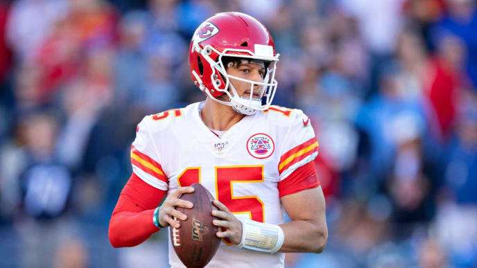 NASHVILLE, TN - NOVEMBER 10:  Patrick Mahomes #15 of the Kansas City Chiefs drops back to pass in the second half of a game against the Tennessee Titans at Nissan Stadium on November 10, 2019 in Nashville, Tennessee.  The Titans defeated the Chiefs 35-32.  (Photo by Wesley Hitt/Getty Images)