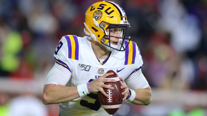 OXFORD, MISSISSIPPI - NOVEMBER 16: Joe Burrow #9 of the LSU Tigers throws the ball during a game against the Mississippi Rebels at Vaught-Hemingway Stadium on November 16, 2019 in Oxford, Mississippi. (Photo by Jonathan Bachman/Getty Images)