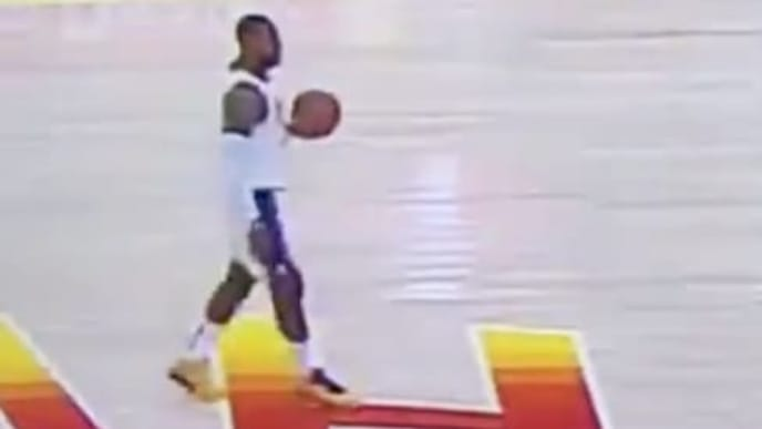 LeBron James got away with an obvious carry against the Jazz