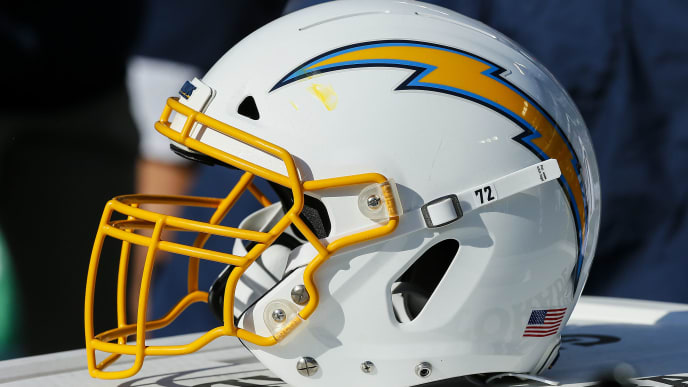 NASHVILLE, TENNESSEE - OCTOBER 20: A helmet of the Los Angeles Chargers rests on the sideline during a game against the Tennessee Titans at Nissan Stadium on October 20, 2019 in Nashville, Tennessee. (Photo by Frederick Breedon/Getty Images)