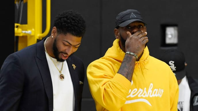 EL SEGUNDO, CA - JULY 13: LeBron James (L) talks with Anthony Davis after during a press conference where Davis was introduced as the newest player of the Los Angeles Lakers at UCLA Health Training Center on July 13, 2019 in El Segundo, California. NOTE TO USER: User expressly acknowledges and agrees that, by downloading and/or using this Photograph, user is consenting to the terms and conditions of the Getty Images License Agreement. (Photo by Kevork Djansezian/Getty Images)