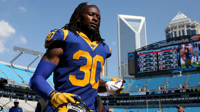 CHARLOTTE, NORTH CAROLINA - SEPTEMBER 08: Todd Gurley #30 of the Los Angeles Rams runs off the field after defeating the Carolina Panthers 30-27 after their game at Bank of America Stadium on September 08, 2019 in Charlotte, North Carolina. (Photo by Streeter Lecka/Getty Images)