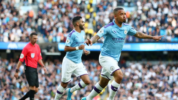 MANCHESTER, ENGLAND - AUGUST 17: Gabriel Jesus of Manchester City celebrates with his team after scoring his sides third goal which is later disallowed by VAR during the Premier League match between Manchester City and Tottenham Hotspur at Etihad Stadium on August 17, 2019 in Manchester, United Kingdom. (Photo by Clive Brunskill/Getty Images)