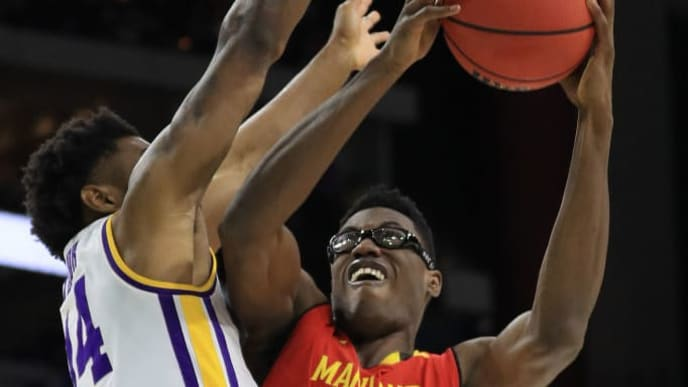 JACKSONVILLE, FLORIDA - MARCH 23: Jalen Smith #25 of the Maryland Terrapins shoots against Marlon Taylor #14 of the LSU Tigers during the second half of the game in the second round of the 2019 NCAA Men's Basketball Tournament at Vystar Memorial Arena on March 23, 2019 in Jacksonville, Florida. (Photo by Mike Ehrmann/Getty Images)