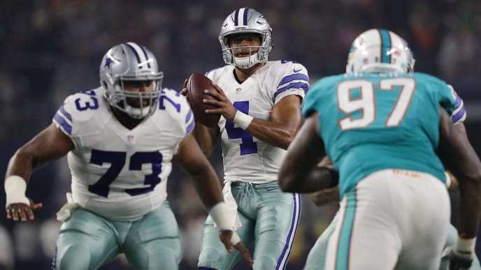 ARLINGTON, TX - AUGUST 19:  Dak Prescott #4 of the Dallas Cowboys during a preseason game against the Miami Dolphins at AT&T Stadium on August 19, 2016 in Arlington, Texas.  (Photo by Ronald Martinez/Getty Images)