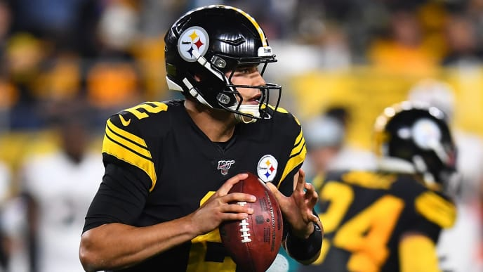 PITTSBURGH, PA - OCTOBER 28:  Mason Rudolph #2 of the Pittsburgh Steelers looks to pass during the first quarter against the Miami Dolphins at Heinz Field on October 28, 2019 in Pittsburgh, Pennsylvania. (Photo by Joe Sargent/Getty Images)