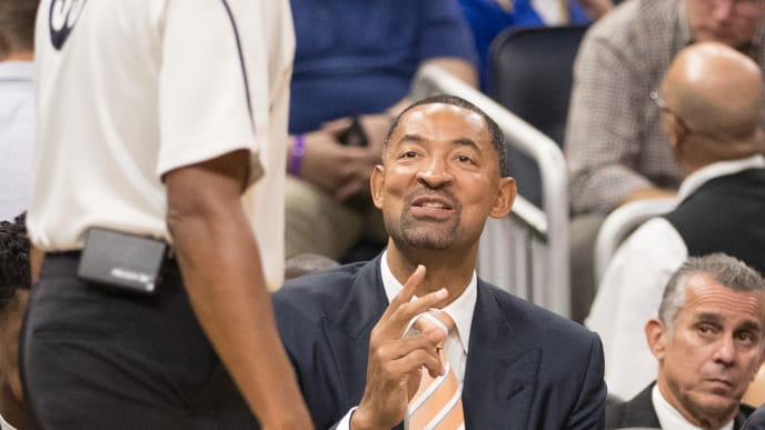 ORLANDO, FL - OCTOBER 26: Assistant coach Juwan Howard of the Miami Heat exchanges words with referee on opening night agains the Orlando Magic on October 26, 2016 at Amway Center in Orlando, Florida. NOTE TO USER: User expressly acknowledges and agrees that, by downloading and or using this photograph, User is consenting to the terms and conditions of the Getty Images License Agreement. (Photo by Manuela Davies/Getty Images)