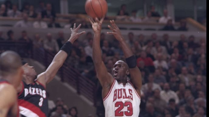24 Feb 1997:  Guard Michael Jordan of the Chicago Bulls shoots the ball during a game against the Portland Trail Blazers at the United Center in Chicago, Illinois.  The Bulls won the game, 116-89. Mandatory Credit: Matthew Stockman  /Allsport