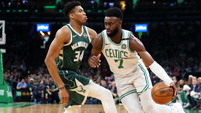 BOSTON, MASSACHUSETTS - MAY 06: Giannis Antetokounmpo #34 of the Milwaukee Bucks defends Jaylen Brown #7 of the Boston Celtics during the first quarter of Game 4 of the Eastern Conference Semifinals during the 2019 NBA Playoffs at TD Garden on May 06, 2019 in Boston, Massachusetts. (Photo by Maddie Meyer/Getty Images)