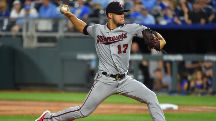 KANSAS CITY, MISSOURI - SEPTEMBER 27:  Starting pitcher Jose Berrios #17 of the Minnesota Twins throws in the first inning against the Kansas City Royals at Kauffman Stadium on September 27, 2019 in Kansas City, Missouri. (Photo by Ed Zurga/Getty Images)