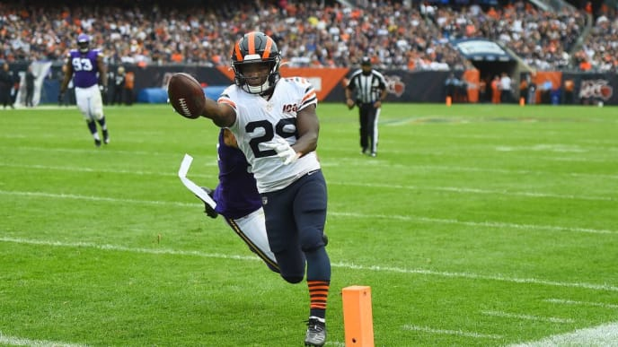 CHICAGO, ILLINOIS - SEPTEMBER 29:  Tarik Cohen #29 of the Chicago Bears avoids a tackle by Anthony Barr #55 of the Minnesota Vikings to score a touchdown during a game at Soldier Field on September 29, 2019 in Chicago, Illinois. The Bears defeated the Vikings 16-6.  (Photo by Stacy Revere/Getty Images)