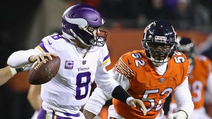 CHICAGO, IL - NOVEMBER 18:  Khalil Mack #52 of the Chicago Bears rushes against Kirk Cousins #8 of the Minnesota Vikings at Soldier Field on November 18, 2018 in Chicago, Illinois. The Bears defeated the Vikings 25-20.  (Photo by Jonathan Daniel/Getty Images)