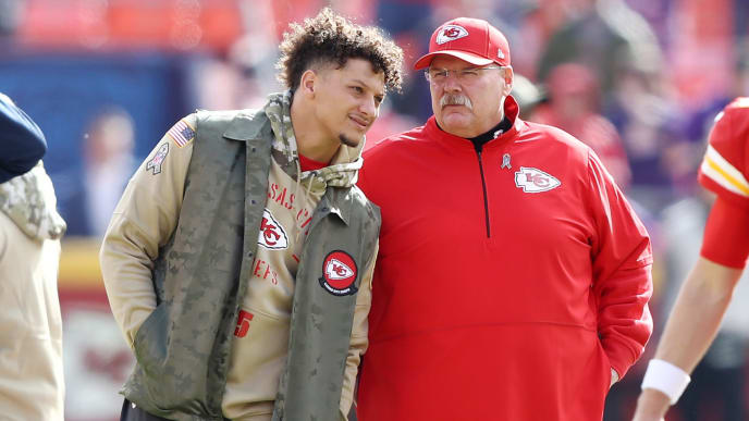 KANSAS CITY, MISSOURI - NOVEMBER 03: Patrick Mahomes #15 of the Kansas City Chiefs talks with head coach Andy Reid before the game against the Minnesota Vikings at Arrowhead Stadium on November 03, 2019 in Kansas City, Missouri. (Photo by Jamie Squire/Getty Images)