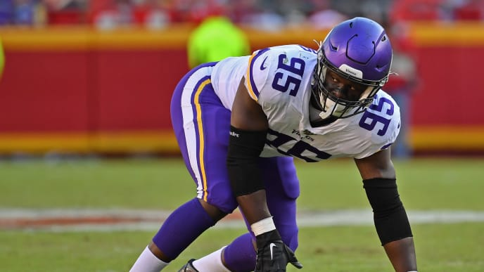 KANSAS CITY, MO - NOVEMBER 03:  Defensive end Ifeadi Odenigbo #95 of the Minnesota Vikings gets set on defense against the Kansas City Chiefs during the second half at Arrowhead Stadium on November 3, 2019 in Kansas City, Missouri. (Photo by Peter G. Aiken/Getty Images)