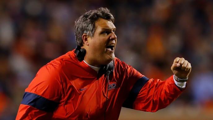 Georgia has hired Matt Luke to be its new offensive line coach.