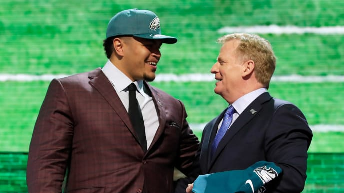 NASHVILLE, TENNESSEE - APRIL 25:  Andre Dillard of Washington State poses with NFL Commissioner Roger Goodell after being chosen #22  overall by the Philadelphia Eagles during the first round of the 2019 NFL Draft on April 25, 2019 in Nashville, Tennessee. (Photo by Andy Lyons/Getty Images)