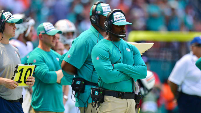 MIAMI, FLORIDA - SEPTEMBER 15: Head coach Brian Flores of the Miami Dolphins coaching in the second quarter against the New England Patriots at Hard Rock Stadium on September 15, 2019 in Miami, Florida. (Photo by Mark Brown/Getty Images)