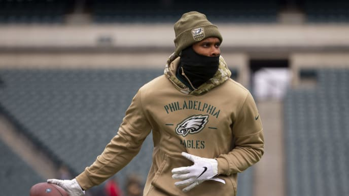 PHILADELPHIA, PA - NOVEMBER 17: Jordan Matthews #80 of the Philadelphia Eagles warms up prior to the game against the New England Patriots at Lincoln Financial Field on November 17, 2019 in Philadelphia, Pennsylvania. (Photo by Mitchell Leff/Getty Images)