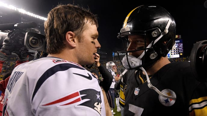 PITTSBURGH, PA - DECEMBER 17: Tom Brady #12 of the New England Patriots shakes hands with Ben Roethlisberger #7 of the Pittsburgh Steelers at the conclusion of the New England Patriots 27-24 win over the Pittsburgh Steelers at Heinz Field on December 17, 2017 in Pittsburgh, Pennsylvania. (Photo by Justin Berl/Getty Images)