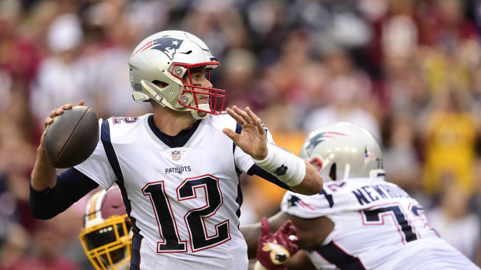 LANDOVER, MD - OCTOBER 06: Tom Brady #12 of the New England Patriots throws a pass in the fourth quarter against the Washington Redskins at FedExField on October 6, 2019 in Landover, Maryland. (Photo by Patrick McDermott/Getty Images)