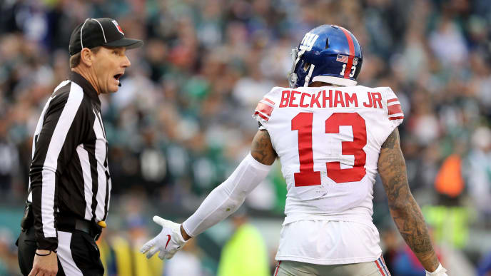 PHILADELPHIA, PENNSYLVANIA - NOVEMBER 25:  Odell Beckham #13 of the New York Giants reacts after he thought a pass interference call should have been made against Cre'von LeBlanc #34 of the Philadelphia Eagles in the fourth quarter at Lincoln Financial Field on November 25, 2018 in Philadelphia, Pennsylvania. (Photo by Elsa/Getty Images)