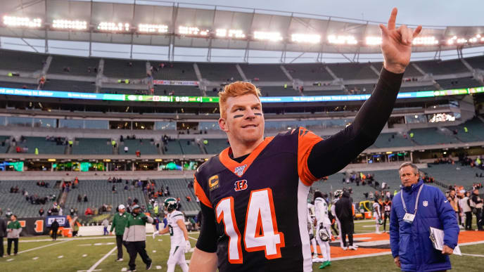 CINCINNATI, OH - DECEMBER 01:  Andy Dalton #14 of the Cincinnati Bengals gestures to fans after the NFL football game against the New York Jets at Paul Brown Stadium on December 1, 2019 in Cincinnati, Ohio. (Photo by Bryan Woolston/Getty Images)