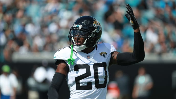 JACKSONVILLE, FL - SEPTEMBER 30:  Jalen Ramsey #20 of the Jacksonville Jaguars walks across the field during their game against the New York Jets at TIAA Bank Field on September 30, 2018 in Jacksonville, Florida.  (Photo by Scott Halleran/Getty Images)