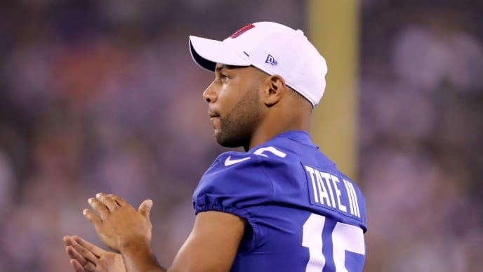 EAST RUTHERFORD, NEW JERSEY - AUGUST 08: Golden Tate #15 of the New York Giants claps from the bench in the fourth quarter against the New York Jets during a preseason matchup at MetLife Stadium on August 08, 2019 in East Rutherford, New Jersey. (Photo by Elsa/Getty Images)