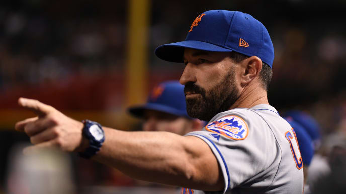 PHOENIX, ARIZONA - MAY 31:  Manager Mickey Callaway #36 of the New York Mets signals to home plate during the eighth inning against the Arizona Diamondbacks at Chase Field on May 31, 2019 in Phoenix, Arizona. (Photo by Norm Hall/Getty Images)