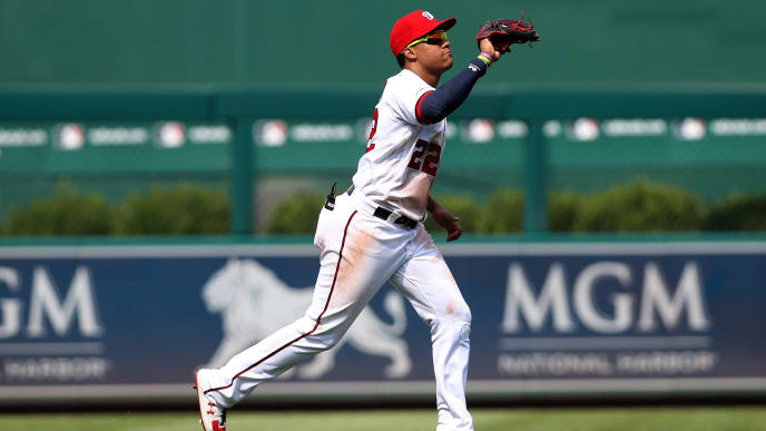 WASHINGTON, DC - SEPTEMBER 04: Juan Soto #22 of the Washington Nationals makes a catch against the New York Mets at Nationals Park on September 04, 2019 in Washington, DC. (Photo by Rob Carr/Getty Images)