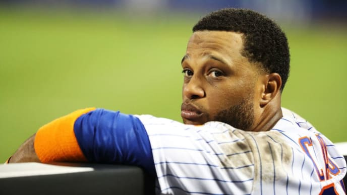 NEW YORK, NEW YORK - JULY 02:  Robinson Cano #24 of the New York Mets looks on against the New York Yankees during their game at Citi Field on July 02, 2019 in New York City. (Photo by Al Bello/Getty Images)