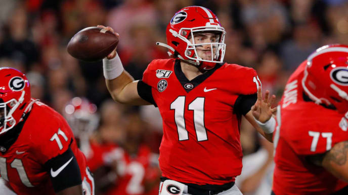 ATHENS, GEORGIA - SEPTEMBER 21: Jake Fromm #11 of the Georgia Bulldogs throws a first half pass while playing the Notre Dame Fighting Irish at Sanford Stadium on September 21, 2019 in Athens, Georgia. (Photo by Kevin C. Cox/Getty Images)