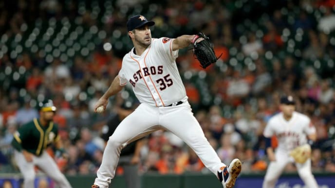 HOUSTON, TX - SEPTEMBER 12:  Justin Verlander #35 of the Houston Astros pitches in the first inning against the Oakland Athletics at Minute Maid Park on September 12, 2019 in Houston, Texas.  (Photo by Tim Warner/Getty Images)