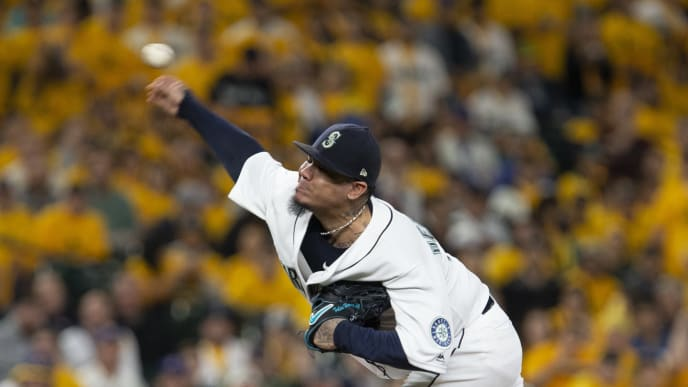 SEATTLE, WA - SEPTEMBER 26: Felix Hernandez #34 of the Seattle Mariners delivers against the Oakland Athletics in the first inning at T-Mobile Park on September 26, 2019 in Seattle, Washington. (Photo by Lindsey Wasson/Getty Images)
