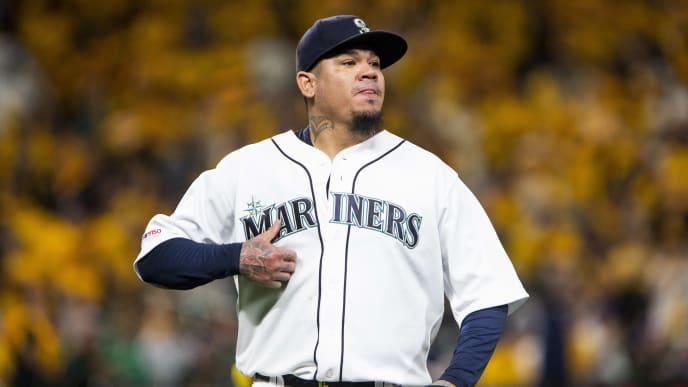 SEATTLE, WA - SEPTEMBER 26: Felix Hernandez #34 of the Seattle Mariners walks off the field after pitching in the first inning against the Oakland Athletics at T-Mobile Park on September 26, 2019 in Seattle, Washington. (Photo by Lindsey Wasson/Getty Images)