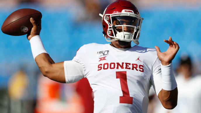 LOS ANGELES, CALIFORNIA - SEPTEMBER 14:  Jalen Hurts #1 of the Oklahoma Sooners warms up prior to a game against the UCLA Bruins on September 14, 2019 in Los Angeles, California. (Photo by Sean M. Haffey/Getty Images)