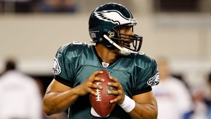 ARLINGTON, TX - JANUARY 09:  Quarterback Donovan McNabb #5 of the Philadelphia Eagles during the 2010 NFC wild-card playoff game at Cowboys Stadium on January 9, 2010 in Arlington, Texas.  (Photo by Ronald Martinez/Getty Images)