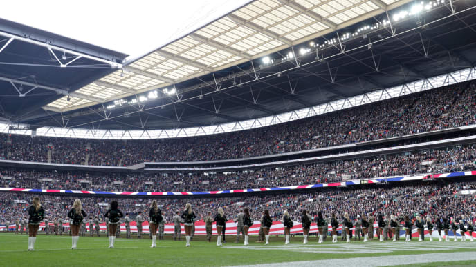 LONDON, ENGLAND - OCTOBER 28: A general view inside the stadium as national anthems are sung ahead of the NFL International Series match between Philadelphia Eagles and Jacksonville Jaguars at Wembley Stadium on October 28, 2018 in London, England. (Photo by Kate McShane/Getty Images)